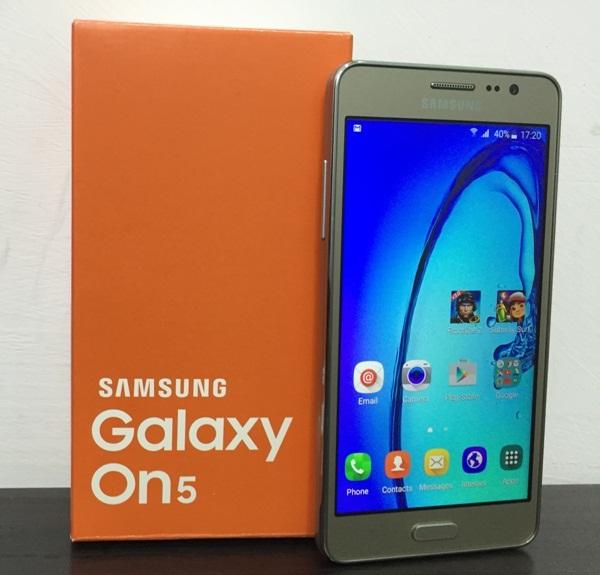 harga dan spesifikasi Samsung Galaxy On5